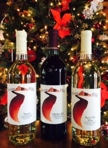 stever-hill-vineyards-gift-shop-3-bottles-christmas-tree