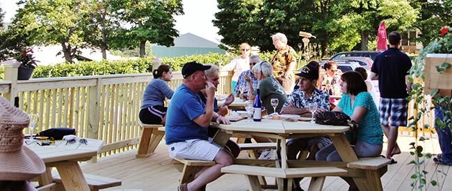 stever hill vineyards deck tasting