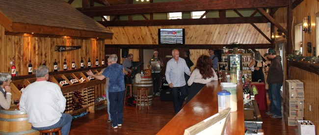 stever hill vineyards live music tasting room